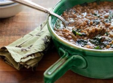 Portuguese Lentil Soup